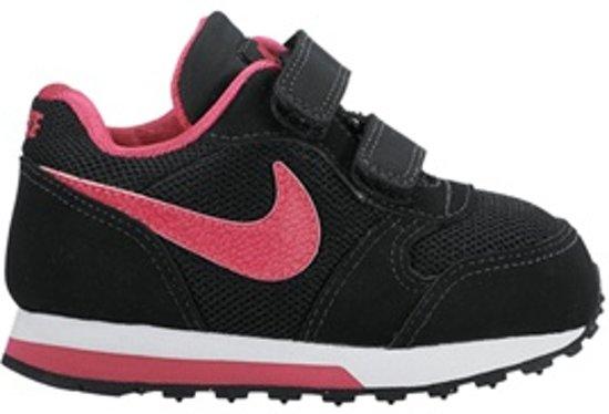 5c6be971345 bol.com | Nike MD Runner 2 TD zwart roze sneakers meisjes
