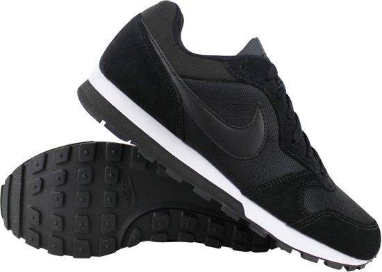 Nike MD Runner 2 fitnessschoenen dames zwartwit 38