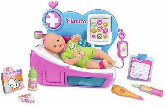 Nenuco Dokterskliniek met geluid en inclusief pop - Babypop