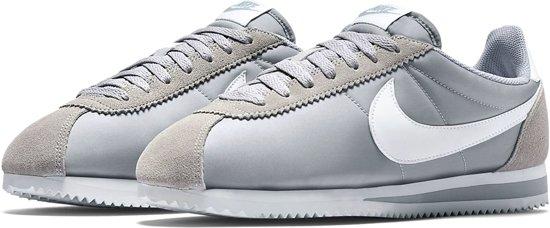 new concept e3cdf c091f bol.com | Nike Classic Cortez Nylon Sportschoenen - Maat 43 - Mannen ...
