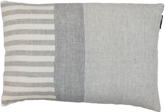 Kussen Wit 6 : Bol kussen linnen grijs wit cm