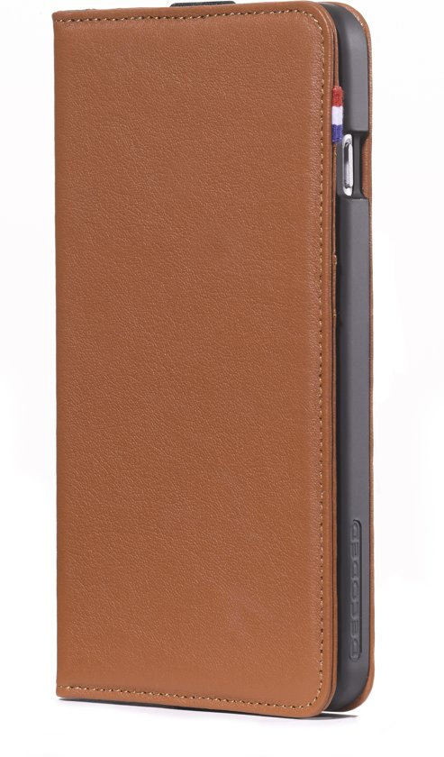 Decoded Leather Wallet Case voor iPhone 6 Plus / 6s Plus (5,5 inch) Bruin