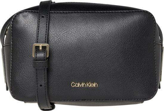c60769fb9a2 bol.com   Calvin Klein Dames Schoudertassen Frame Camera Bag -Zwart ...