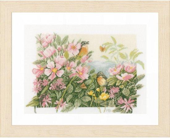 borduurpakket PN0157494 marjolein bastin, wilde rozen met roodborstjes