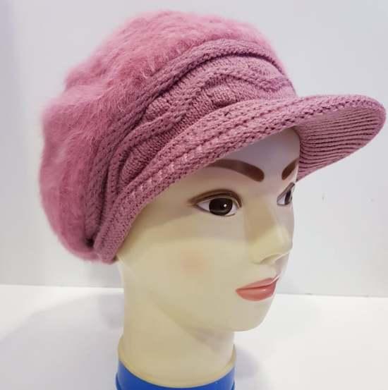 Gebreide muts met klep Roze voor dames - wintermuts met extra voering aan de binnen