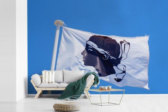 Fotobehang vinyl - De vlag van Corsica breedte 420 cm x hoogte 280 cm - Foto print op behang (in 7 formaten beschikbaar)