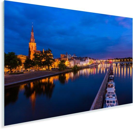 Verlichting in de avond in het Nederlandse Maastricht Plexiglas 30x20 cm - klein - Foto print op Glas (Plexiglas wanddecoratie)