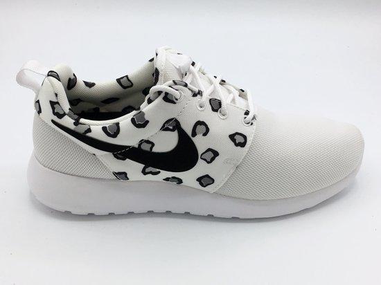 new arrival ab552 5b133 Nike Roshe One Print Sneakers Dames- Maat 38