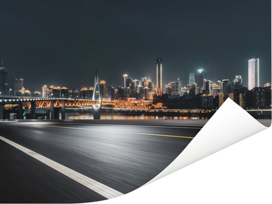 Foto van Chongqing vanaf een lege snelweg Poster 80x60 cm - Foto print op Poster (wanddecoratie woonkamer / slaapkamer) / Aziatische steden Poster