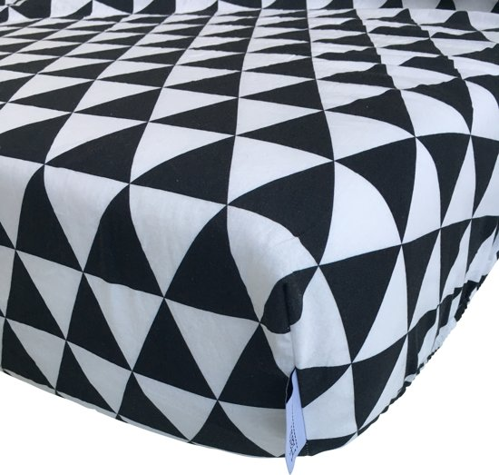 Hoeslaken Zwart Wit.Bol Com Hannahhave Hoeslaken Monochrome Zwart Wit Triangeln150 70 Cm