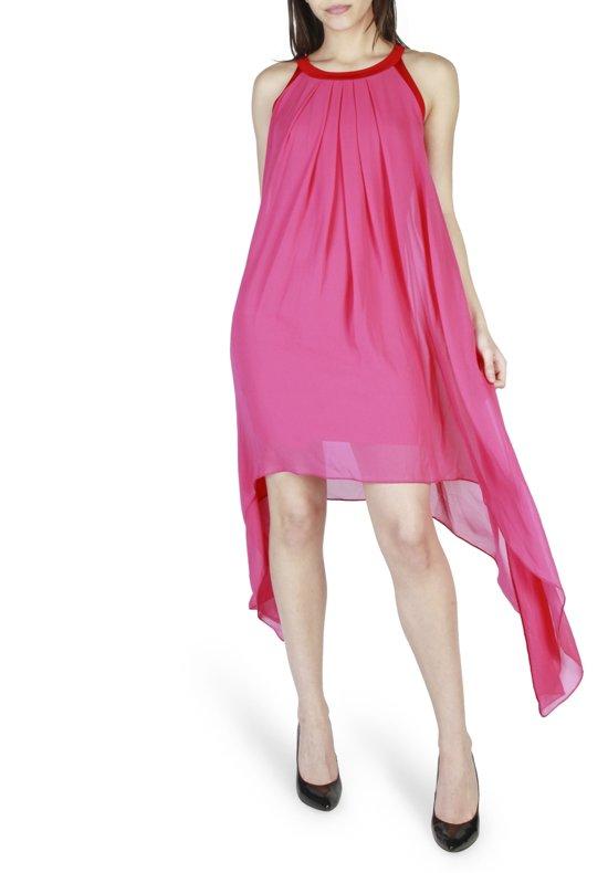 c24d5fecf8ecb1 Dames Jurk van Rinascimento - roze