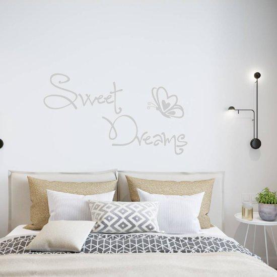 Muursticker Sweet Dreams Met Vlinder -  Zilver -  120 x 68 cm  - Muursticker4Sale