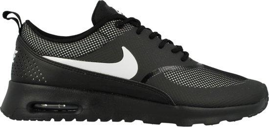   Nike WMNS AIR MAX THEA BlackWhite 599409 017