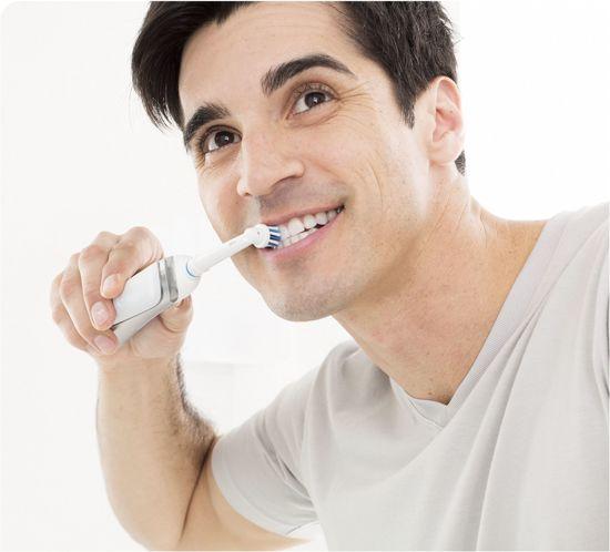 Oral-B  Vitality White & Clean D12.513W - Elektrische Tandenborstel