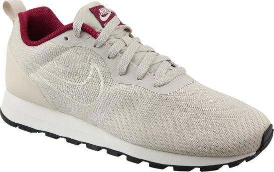 Nike Md Runner 2 Eng Mesh Wmns 916797 100, Vrouwen, Wit, Sneakers maat: 36.5 EU