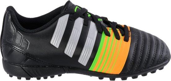 69e82167fdf adidas Nitrocharge 4.0 TF - Voetbalschoenen - Unisex - Maat 30 -  Zwart/Zilver