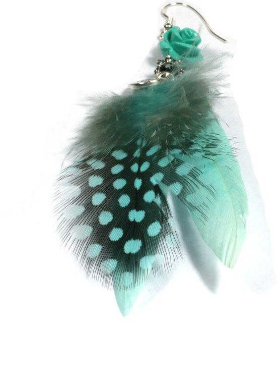 Heaven Eleven - oorbel -  met veren en koraal roosje