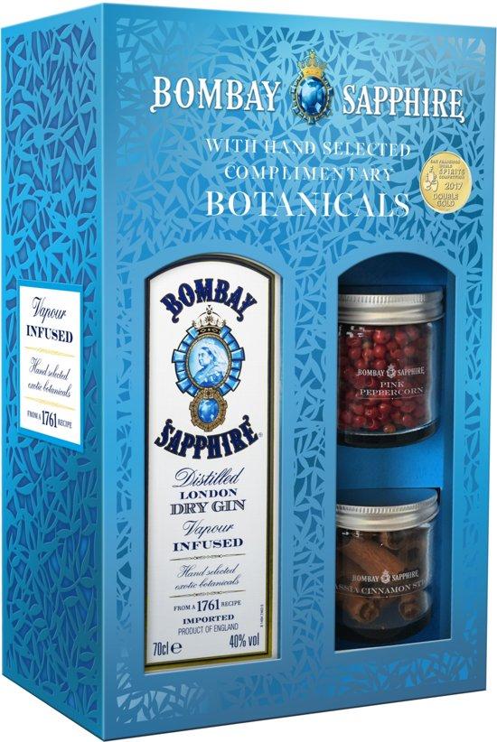 Bombay Sapphire met botanicals