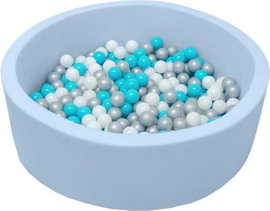 LittleTom Knuffelig Ballenbak met 350 Babyballen – Set vanaf 0 Jaar – 90 x 30 cm – Ballenbad in Lichtblauw – Ø 5,5 cm Ballen in Blauw, Wit & Grijs