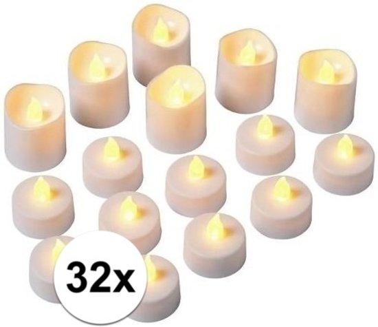 LED theelichtjes 32 stuks in twee formaten - kunststof waxinelichtjes