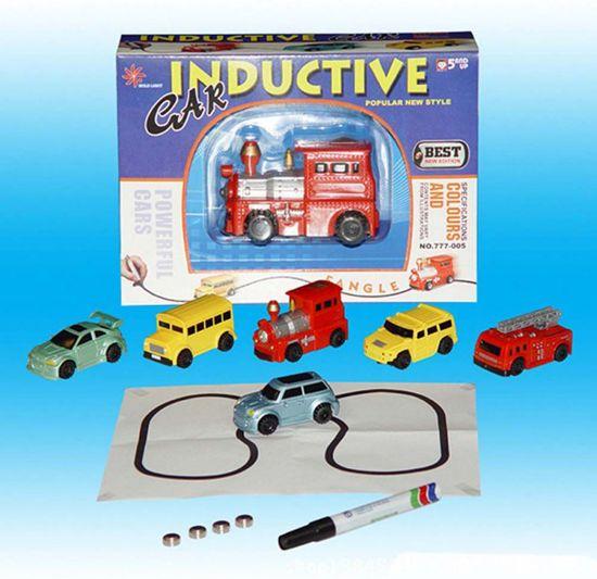Bol Com Magische Speelgoed Locomotief Volgt Alle Lijnen Die Je