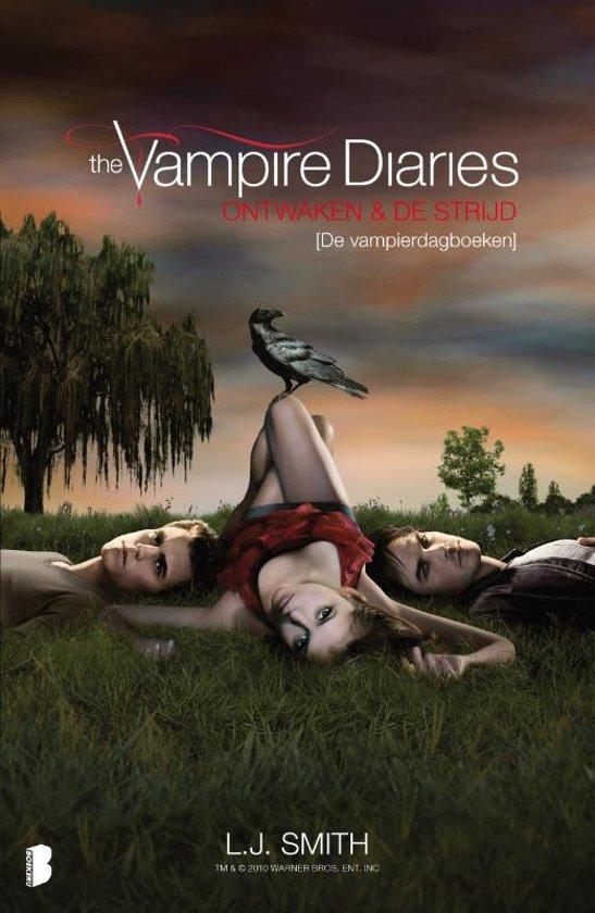 Boek cover The Vampire Diaries - Ontwaken en de strijd van L. J. Smith (Paperback)