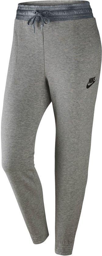 d4f89ec7560 bol.com | Nike Trainingsbroek - Maat M - Vrouwen - grijs