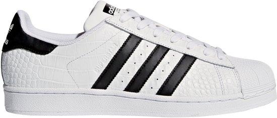 7cbac1caec8 bol.com | adidas Superstar Sneakers - Maat 45 1/3 - Unisex - wit/zwart
