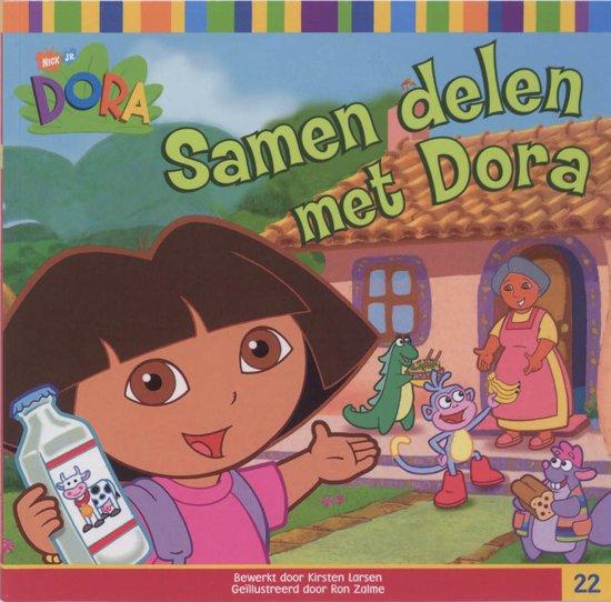 Boek cover Dora / Samen Delen Met Dora van Kirsten Larsen (Paperback)
