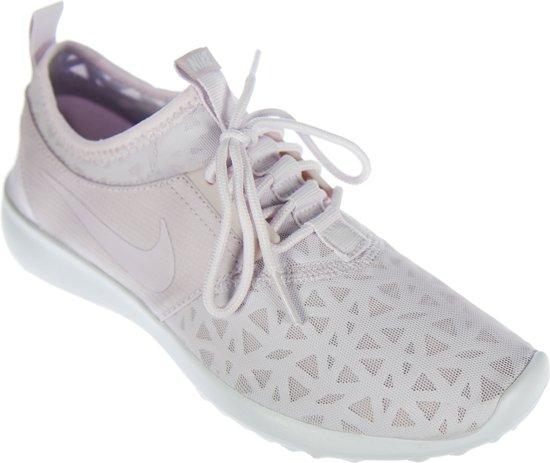 e238e8405ce Nike Juvenate Sneakers Dames Sportschoenen - Maat 38 - Vrouwen - roze/wit