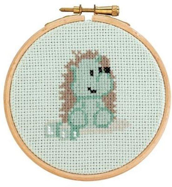 Borduurpakket met ring Little Woodland Adventures Heather Hedgehog (10)