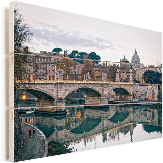 De Sint-Pietersbasiliek met de Engelenbrug in Italië Vurenhout met planken 90x60 cm - Foto print op Hout (Wanddecoratie)