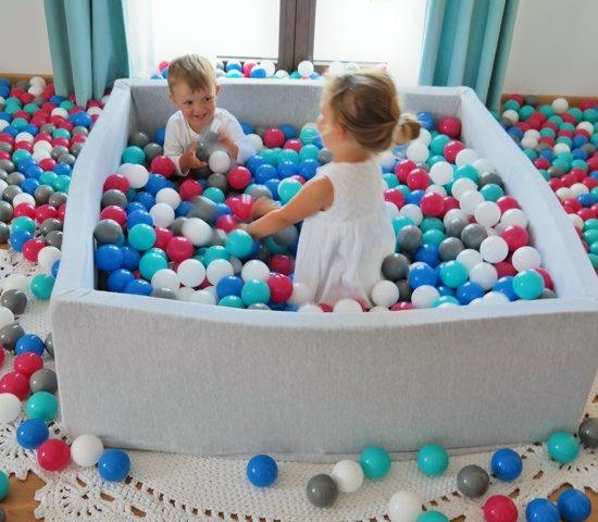 Zachte Jersey baby kinderen Ballenbak met 900 ballen, 120x120 cm - wit, roze, grijs