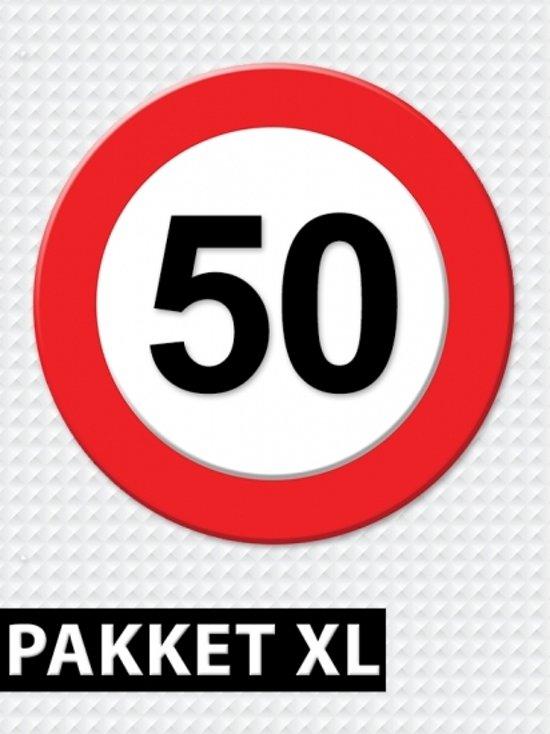 bord 50 jaar bol.| Verkeersbord 50 jaar feestartikelen pakket XL, Fun  bord 50 jaar
