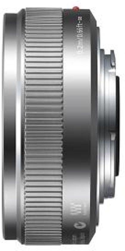 Panasonic Lumix G 20mm f/1.7 II zilver