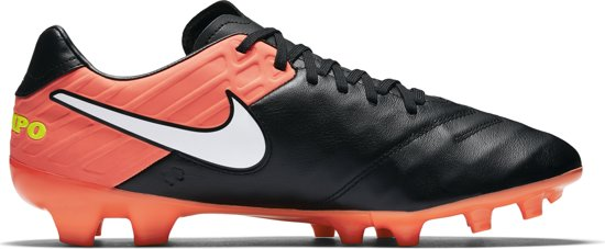save off fefdd 8c307 Nike Tiempo Mystic V FG Voetbalschoenen - Maat 42.5 - Mannen - zwart/roze/