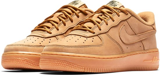 c344f8f3706 bol.com | Nike Sneakers - Maat 37.5 - Unisex - bruin/ oranje