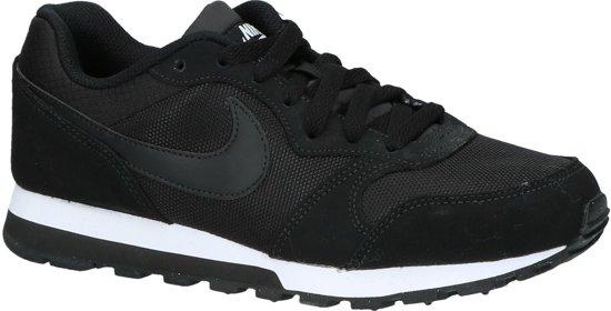8e4e591f590 Nike Md Runner 2 Sneakers Dames - Black/Black-White - Maat 40