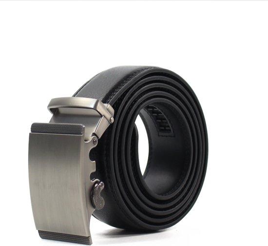 Zwart Lederen Herenriem met Zilveren Gesp - 100% Runder Leder Zwart - Verstelbaar - Inkortbaar - Max 125cm