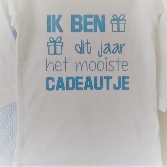 Shirtje Baby Tekst Eerste Sinterklaas Vaderdag Cadeau Ik Ben Dit Jaar Het Mooiste Cadeautje Lange Of Korte Mouw Wit Met Blauw Maat 56 110