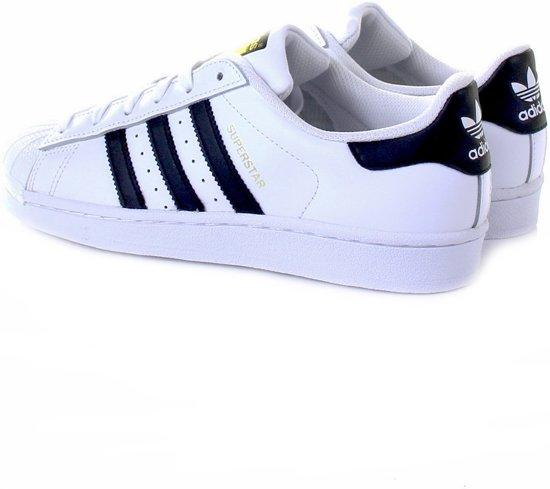 3059f4e6dd0 3 Wit 2 Maat Unisex Superstar 36 zwart Sneakers goud Foundation Adidas  IPqvRxfx