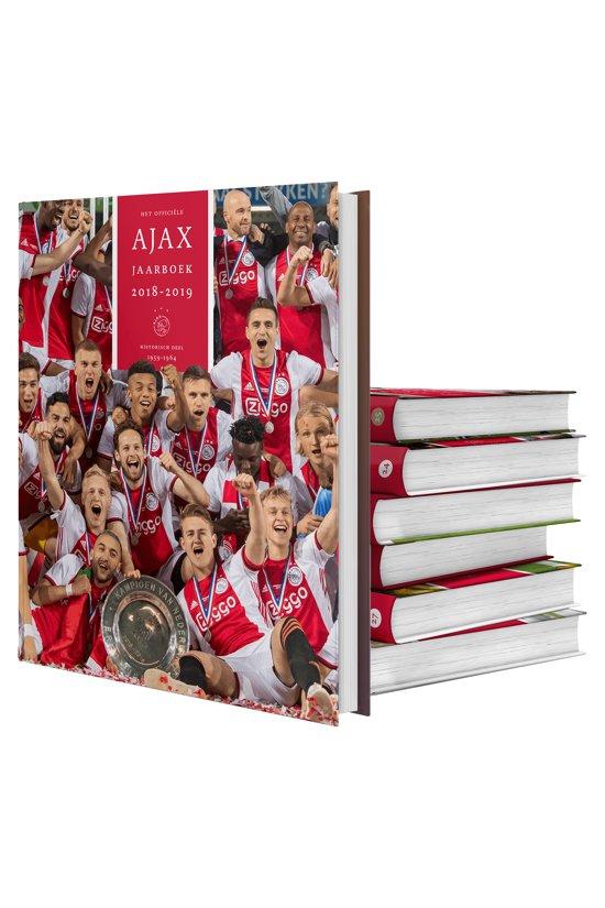 Boek cover Het officiële Ajax jaarboek | 2018-2019 van Ronald Jonges (Hardcover)