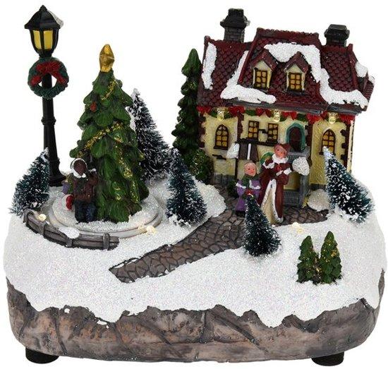 Kersttafereel (huis met lantaarn) Valentinaa