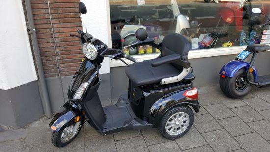Elektrische scootmobiel, geen rijbewijs nodig. Topper van het jaar 2019 - DD-19455