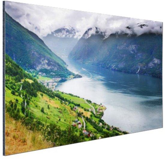 Aurlands Fjord Noorwegen foto Aluminium 90x60 cm - Foto print op Aluminium (metaal wanddecoratie)