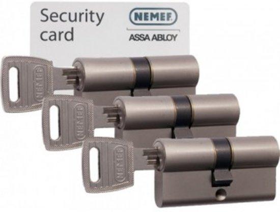 Nemef Cilinderslot 132/9 per 3 gelijksluitend inclusief 9 sleutels