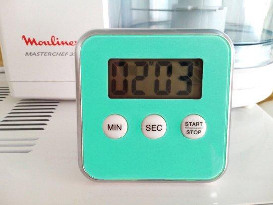 Premium Turquoise Magnetische Kookwekker Inclusief Standaard + Gratis Batterij | Digitale Kook Wekker Groen / Blauw | Magnetische Achterkant