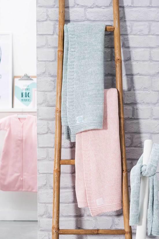 Deken 100x150cm Melange knit soft pink