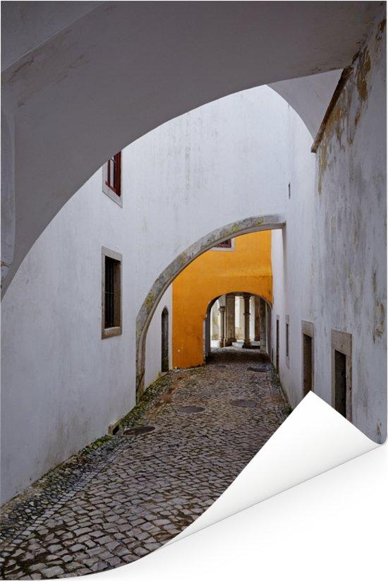 Loopbrug van het Palácio da Pena bij Sintra in Portugal Poster 40x60 cm - Foto print op Poster (wanddecoratie woonkamer / slaapkamer)