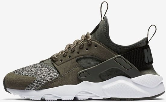 7a8dbde9e22 bol.com | Nike Air Huarache Run Ultra SE Sneakers Junior Maat 37,5